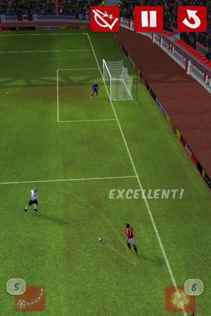 Score! เกมมันๆ สำหรับคนรักฟุตบอล [App]